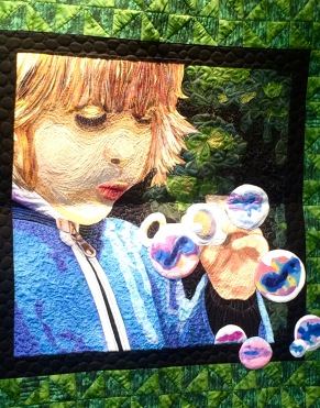 Blowing Bubble Quilt by Kay Donges